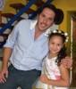 Vendimia Gerardo y niña.JPG